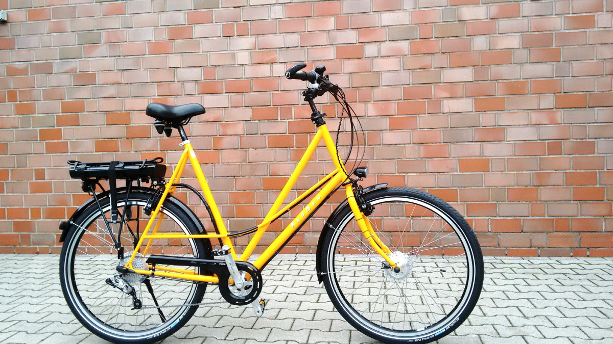 Raußen R4, E-bike | Rahmenhöhe 70 cm | gelb| Ansmann Motor