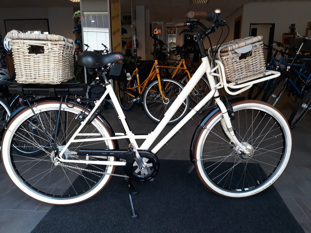 Raußen R2 | E-bike | Rahmenhöhe 58 cm | elfenbein matt | Ansmann Motor